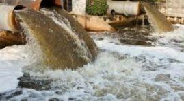 آسیب فاضلاب کارخانه ها به رودخانه ها و مزارع